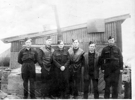 140 Squadron Ground Crew at Melsbroek 1945